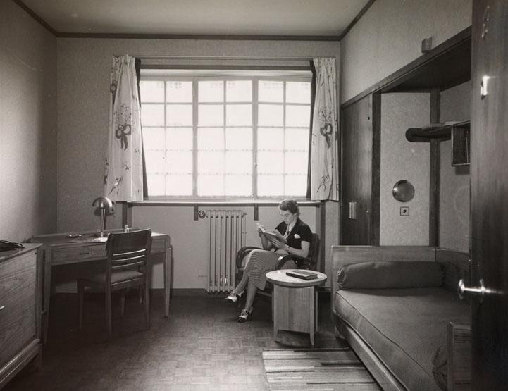Chambre d'étudiant, vers 1937. Centre de valorisation du patrimoine (c) Cité internationale universitaire de Paris