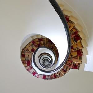 7 rue Méchain - Cage d'escalier Robert Mallet Stevens