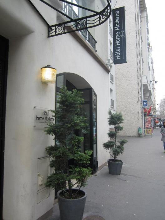 Hôtel Home Moderne - REF. 1077 GM
