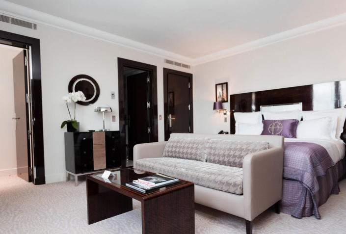 Hôtel Plaza Athénée - REF. 934