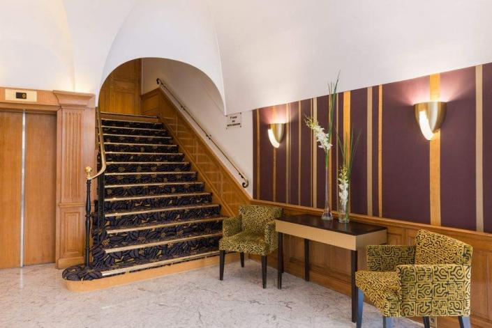 Hotel Paris Neuilly - REF. 658
