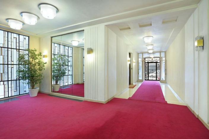 Applique Jean Perzel REF. 1207 - Plafonnier REF. 182 E - Immeuble Roux-Spitz
