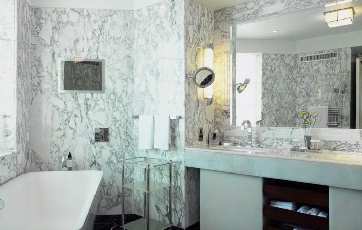 Dorchester - Harlequin Penthouse bathroom - REF. 326A / REF. 359
