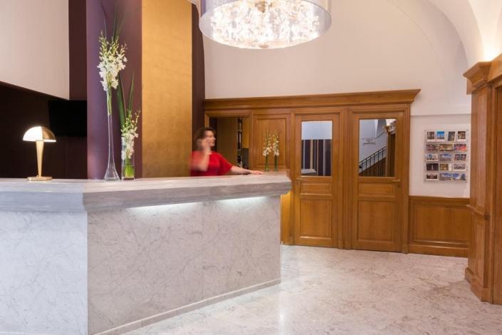 Hotel Paris Neuilly - REF. 509 bis