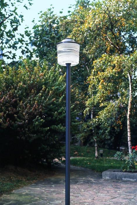 Lampadaire extérieur REF. 5585 Jean Perzel