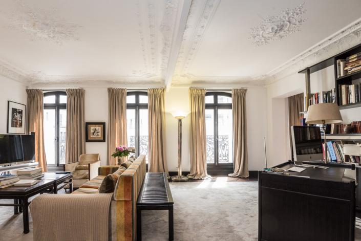 Appartement parisien - Lampadaire REF. 32 Jean Perzel