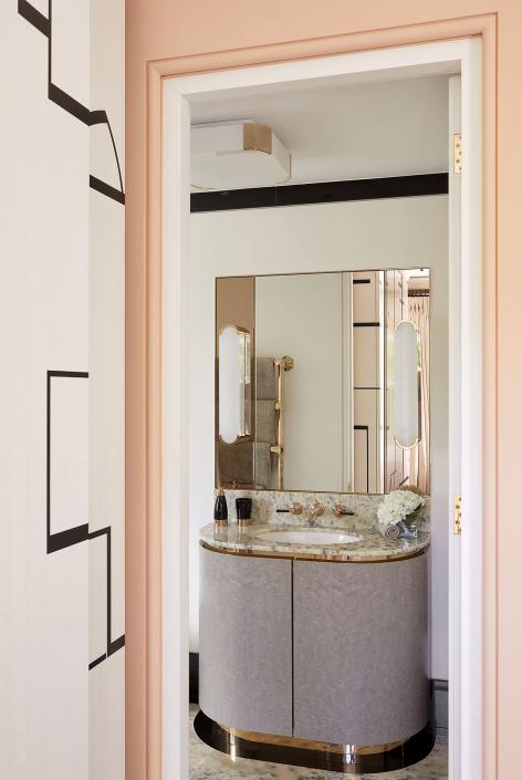 Studio Indigo - Chelsea House - REF. 2067 & REF. 7684 A