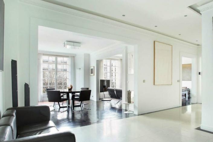 Appartement parisien design - Plafonnier REF. 359 Jean Perzel
