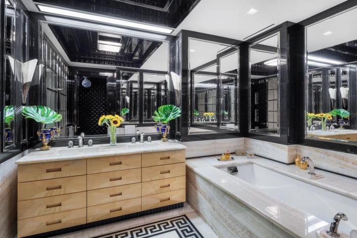 Juan Montoya - Mandarin Oriental Penthouse - Plafonniers / Ceiling lights No. 2060